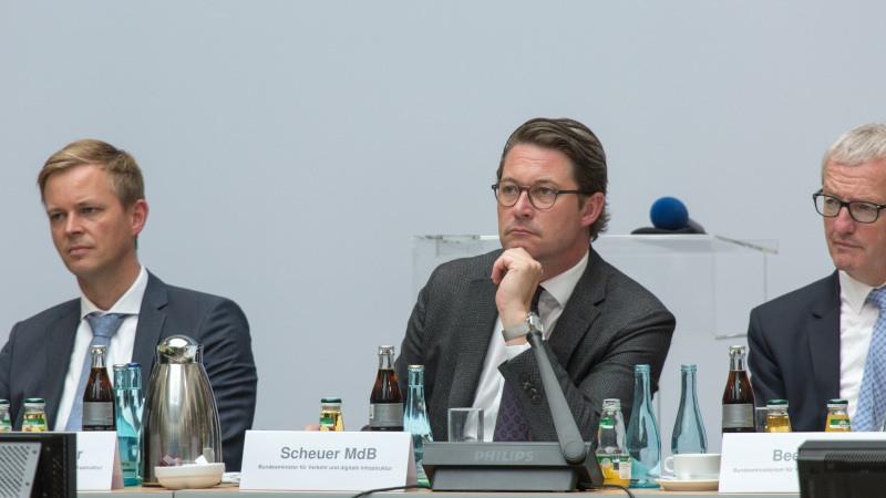 Mobilfunk-Gipfel Scheuer